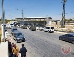 Israeli jeeps arriving to the field hospital outside of Hebron City (Photo: Ma'an News)