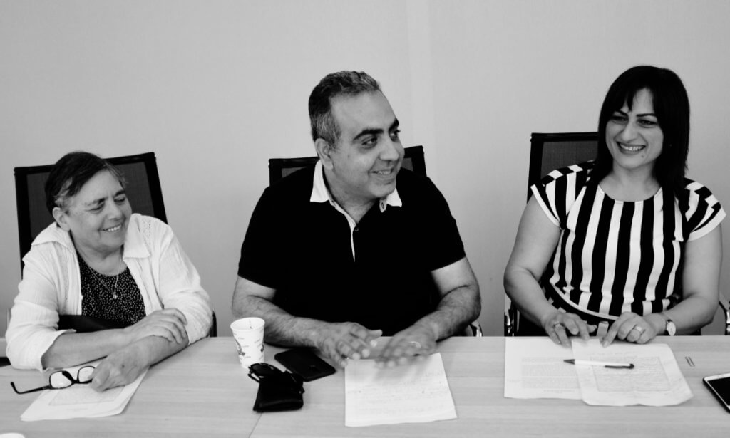 (from left to right) Hannah Amit Kochavi - Maktoob editorial board members, Eyad Barghuthy- deputy editor, Rawya Brurbara- editorial board member (Photo: Duygu Atlas)