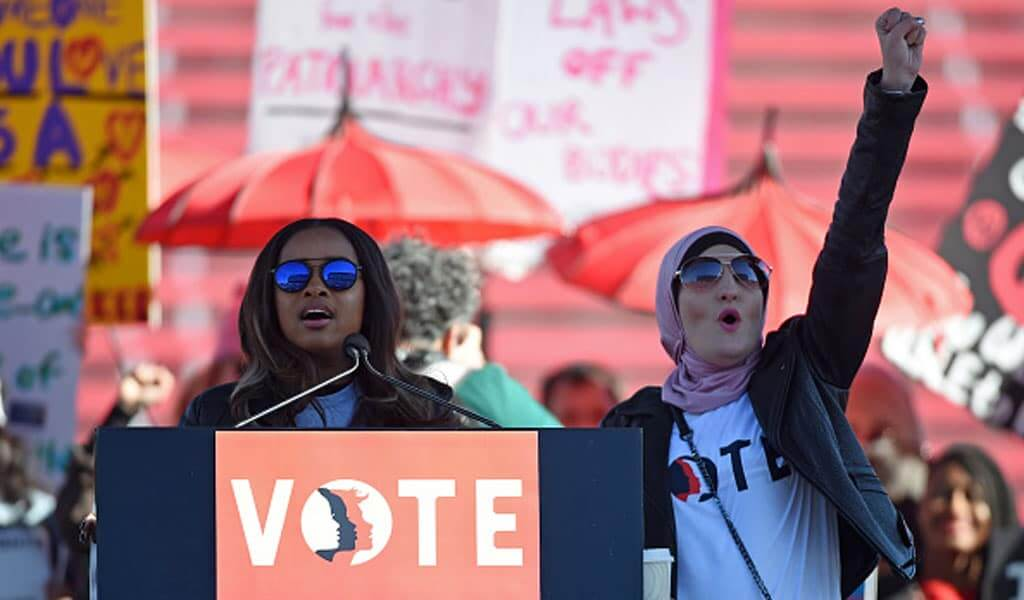 Tamika Mallory and Linda Sarsour speaking to a voter registration event in Las Vegas in January 2018 (Photo: Ethan Miller)