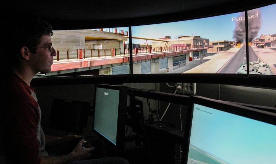 Israel Aerospace Industries (IAI) demonstrate how Microsoft Xbox can be used to control a tank.